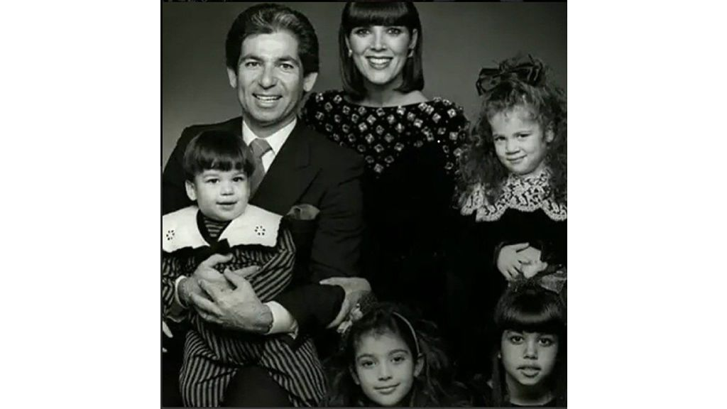 Kris y Robert, junto a sus hijos.