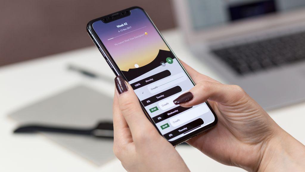 Gastarse un dineral en un móvil ya no es necesario: los tres mejores por menos de 200 euros, según la OCU