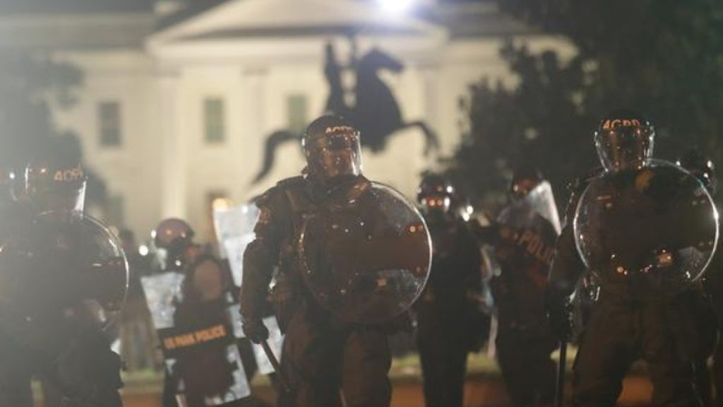 La Casa Blanca custodiada