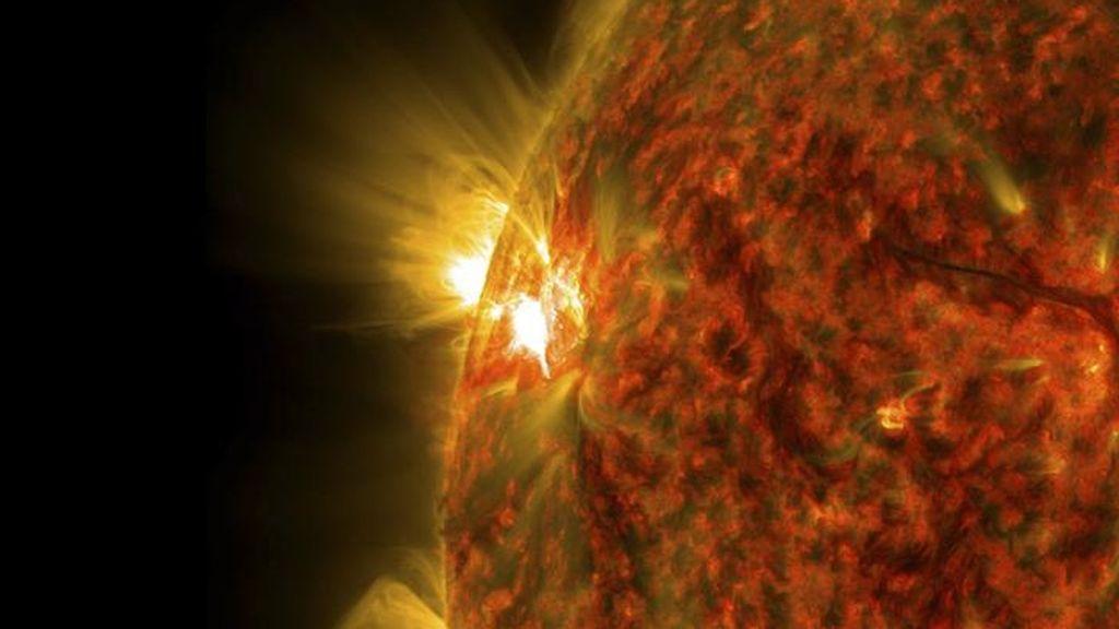 El sol produce la mayor llama solar en tres años en señal de una mayor actividad
