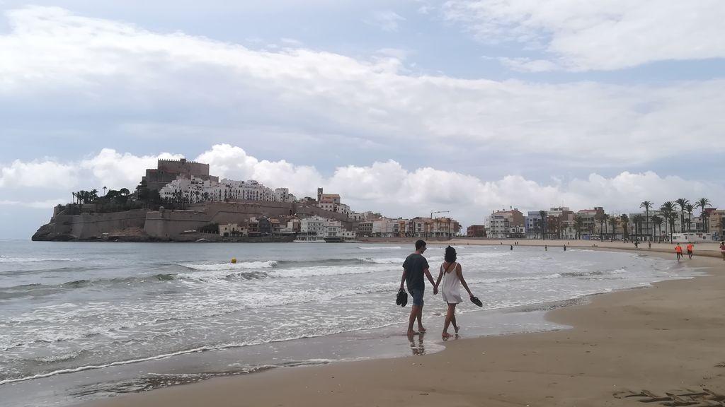 Caminar junto a la orilla de la playa ya no está garantizado este verano