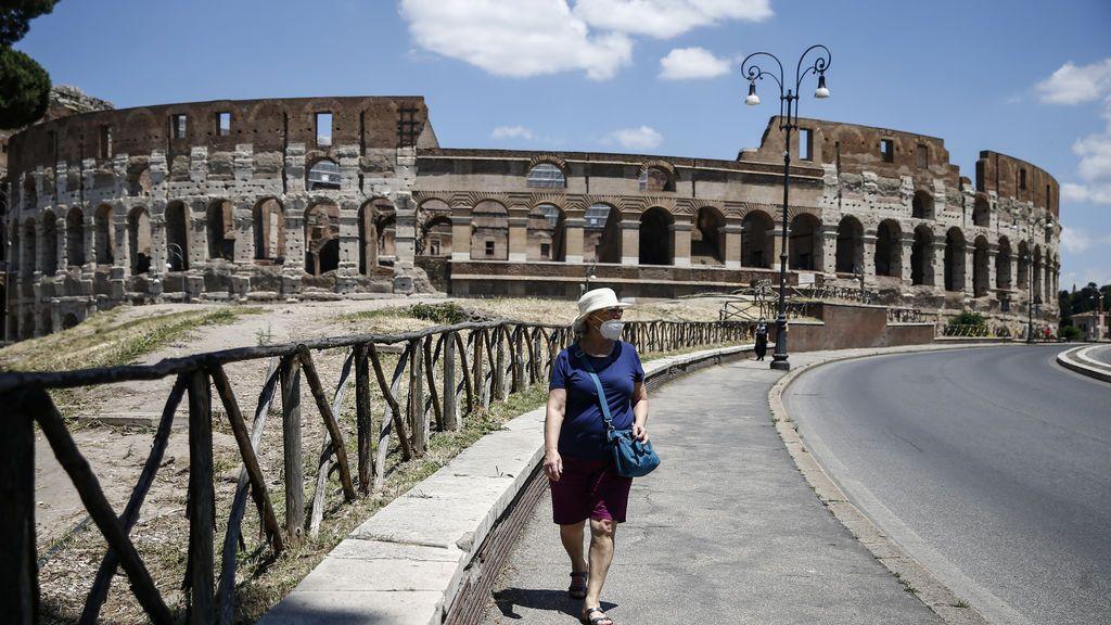 Reabren el Coliseo y los Museos Vaticanos: Roma recupera lo sacro y lo profano