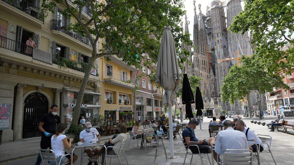 'Efecto champán' en la fase 1: Madrid y Barcelona disparan el consumo