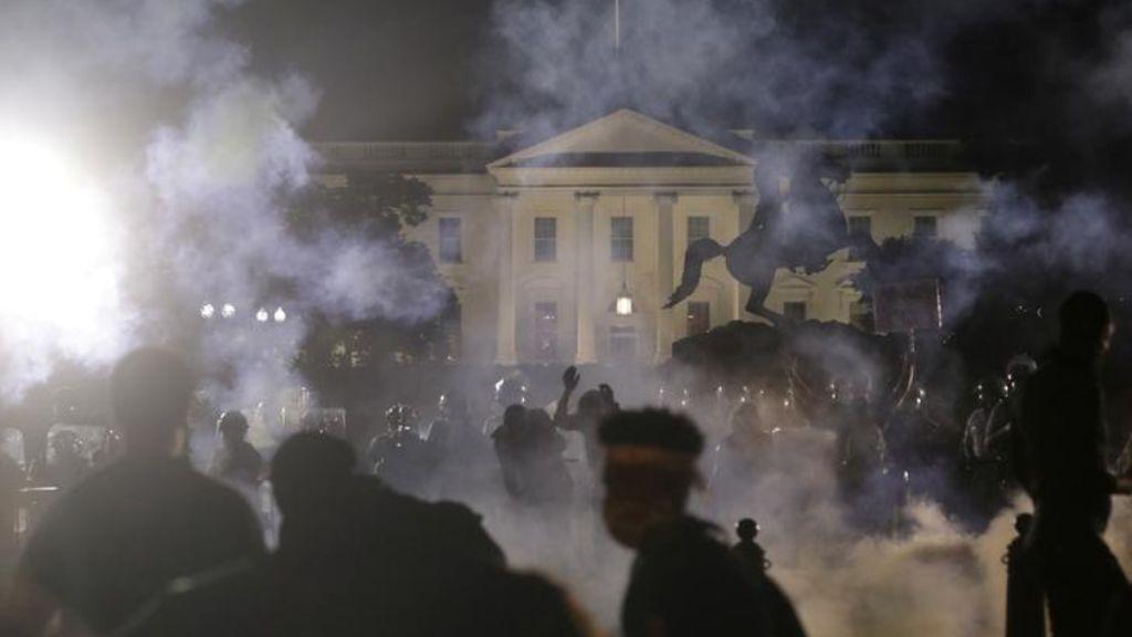 Gases lacrimógenos en la Casa Blanca