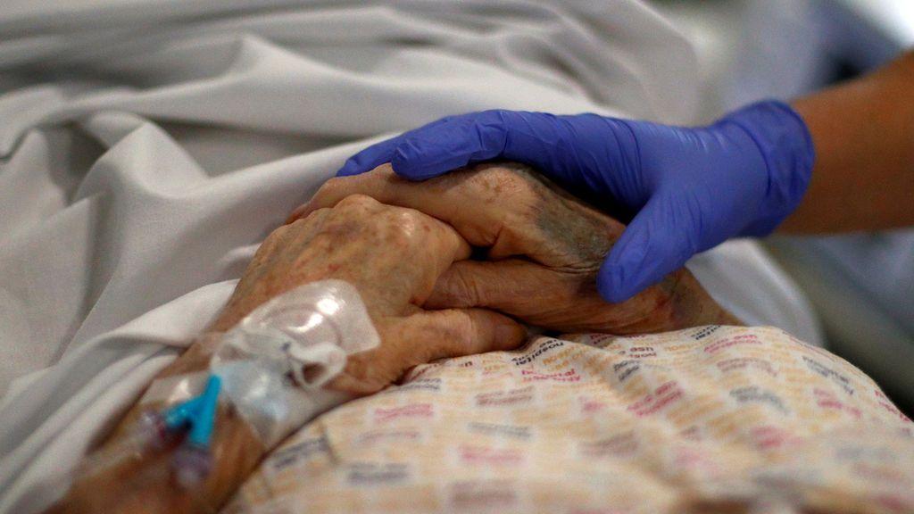 Reino Unido suma 324 muertes más y ya roza los 40.000 fallecidos en la pandemia