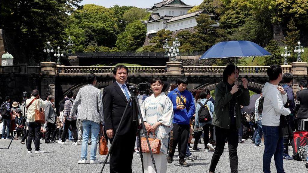 Japón reabre los lugares turísticos