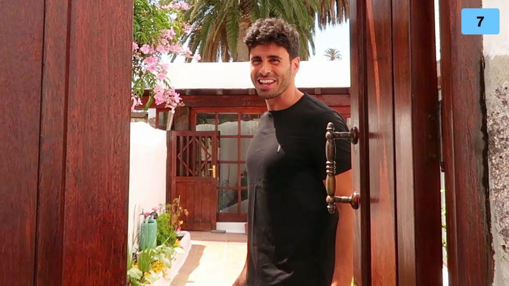 House tour: Noel nos enseña cada rincón de su casa en Canarias (1/2)