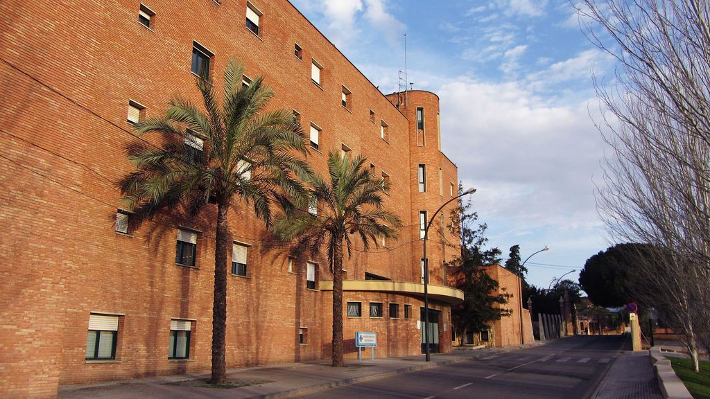 Detectan 19 casos en un centro sanitario de Reus y otro de un temporero en Lleida