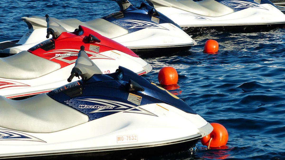 Velocidad dentro y fuera del agua: todo lo que debes tener en cuenta para comprar una moto de agua
