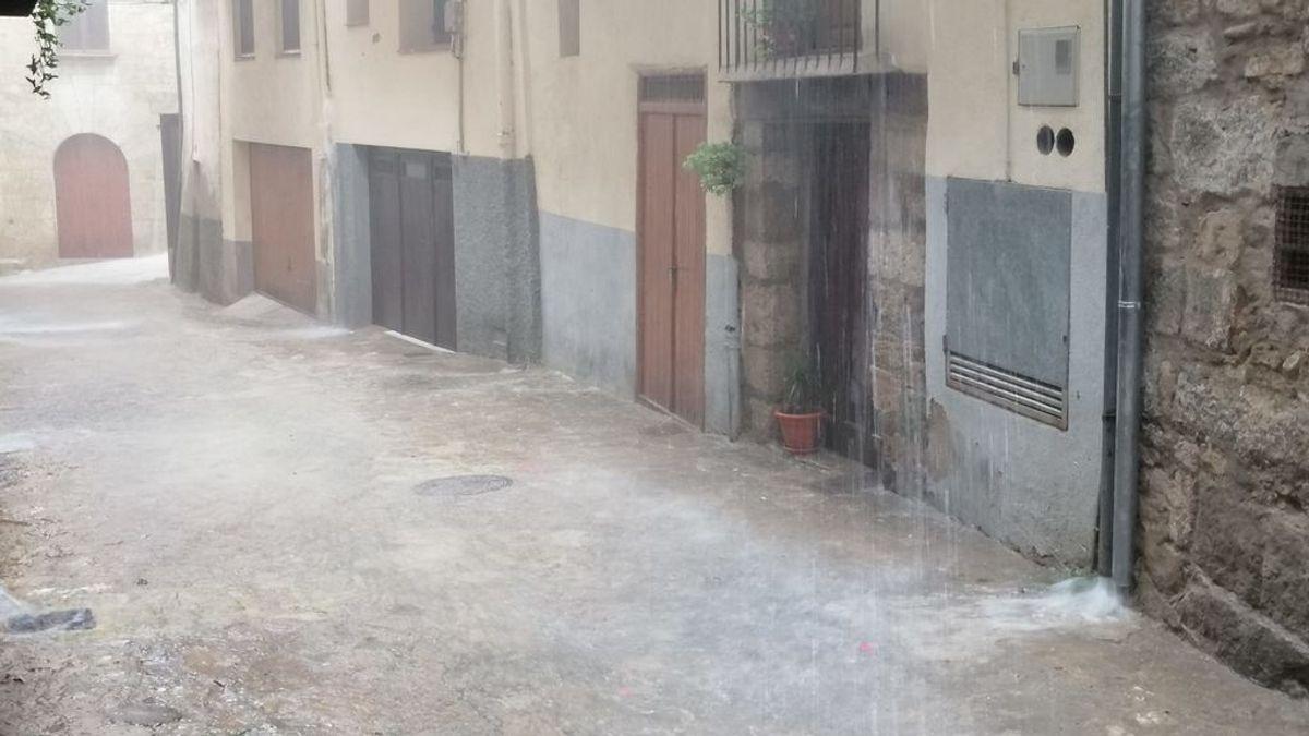 Inundaciones y destrozos por la tormenta: cientos de llamadas de emergencia en pocas horas