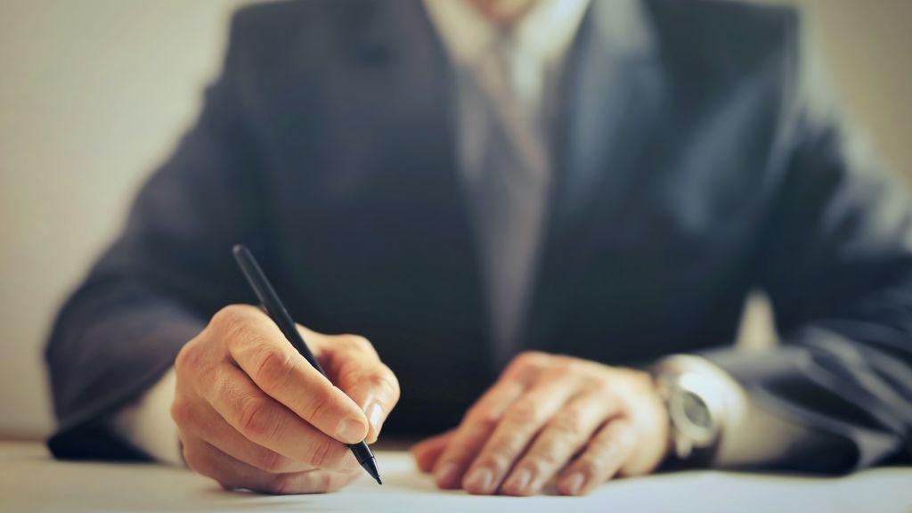 Los abogados de familia hacen sus cuentas y piden que se les elimine el IVA