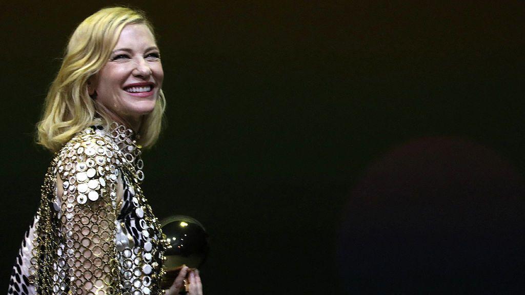 La 'cuarentena al límite' de Cate Blanchett: accidente de motosierra y 'profe' de sus hijos de 18 y 5 años