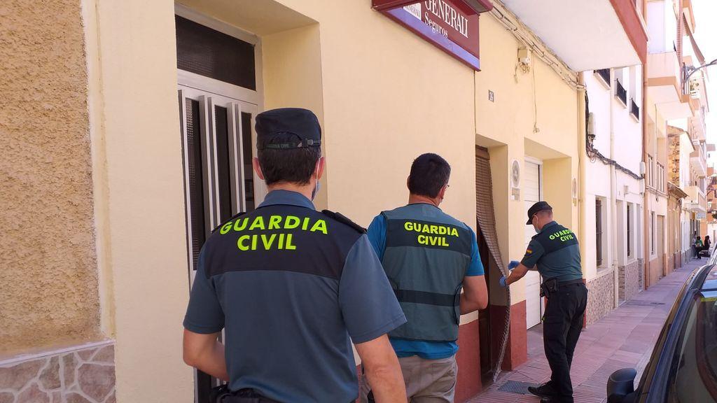 Detenido por matar a su madre y apuñalar a su padre en el cuello en San Vicente del Raspeig