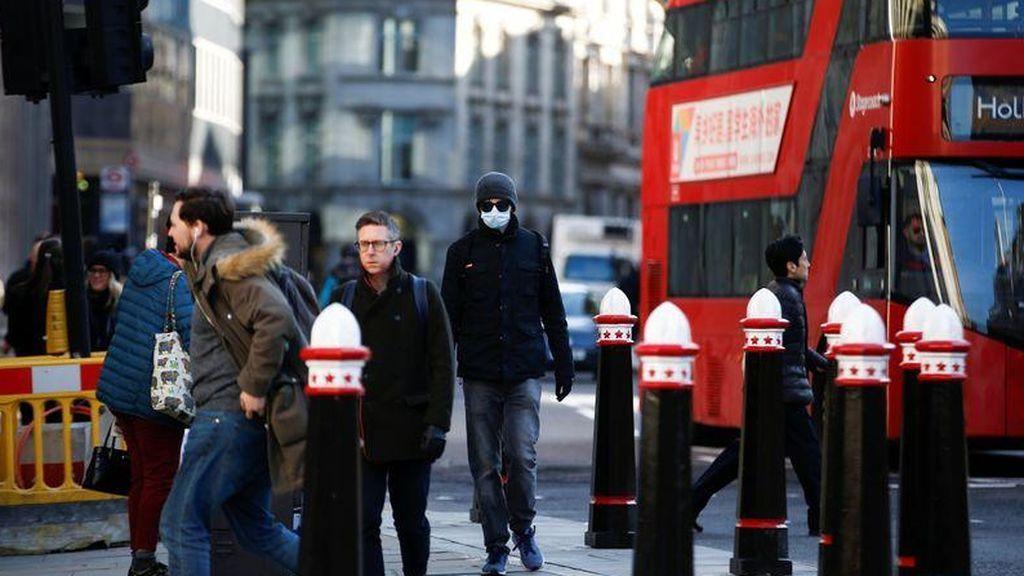 Científicos británicos censuran la gestión de Johnson del coronavirus y ven muy probable una segunda ola en invierno