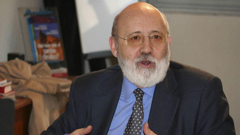 """Tezanos ve """"inquietantes"""" las posiciones antisistema de algunos """"proto-líderes"""" españoles"""
