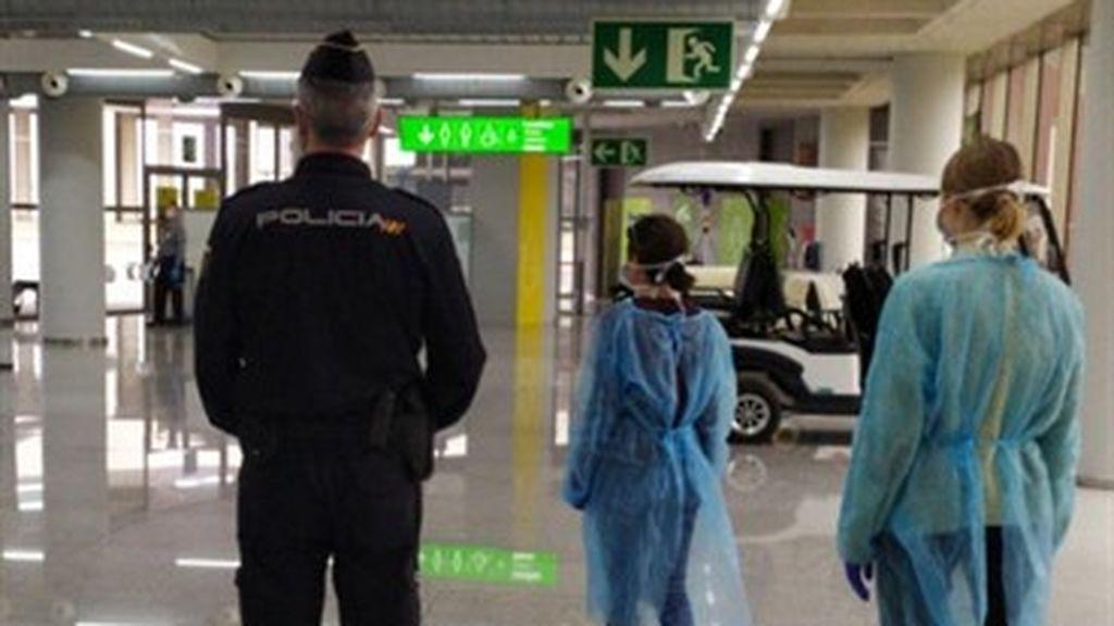 Otros 40 pasajeros se hallan en cuarentena tras llegar a Palma en dos vuelos internacionales