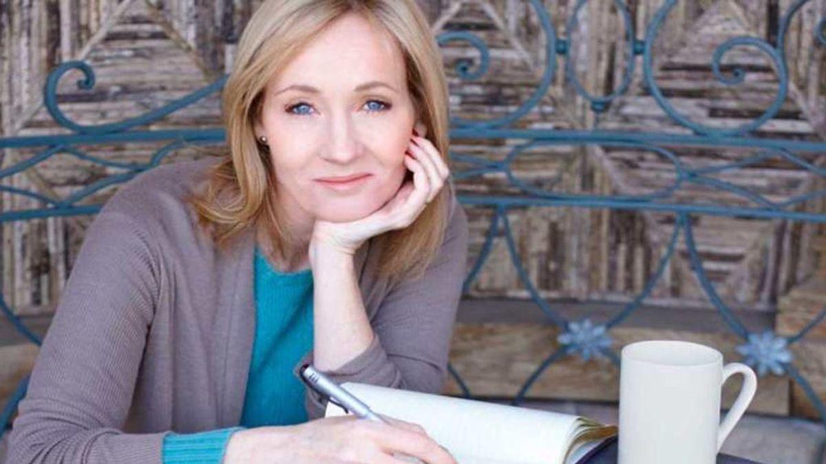 J.K. Rowling, acusada de transfobia tras un polémico tweet