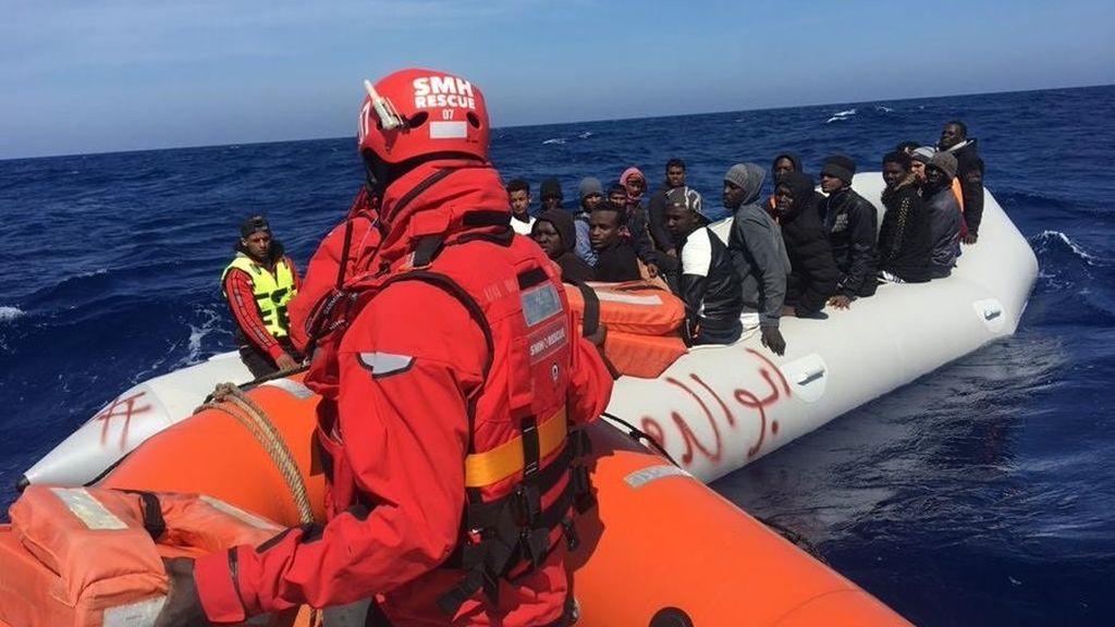 EuropaPress_2819558_rescate_patera_parte_ong_salvamento_maritimo_humanitario