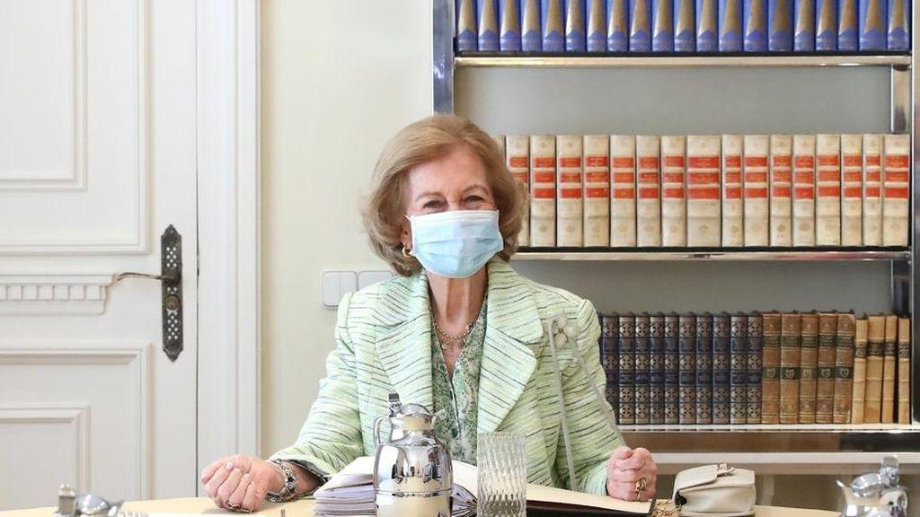 La reina Sofía reaparece tras meses de confinamiento por el coronavirus