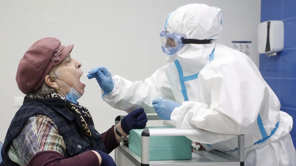 """La OMS alerta de que la pandemia de coronavirus está """"empeorando"""" a nivel mundial"""