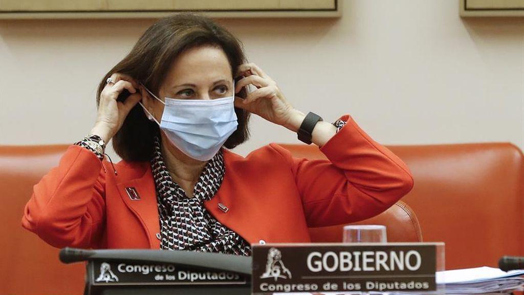 La ministra de Defensa, Margarita Robles, en el Congreso