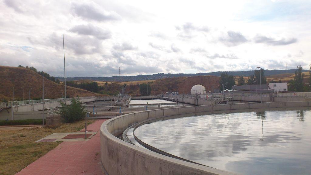 El Gobierno crea una una red de alerta de rebrotes con el análisis de aguas residuales