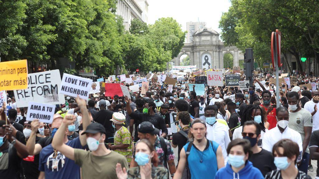La Delegación de Gobierno de Madrid no actuará contra los organizadores de la manifestación antiracista a pesar de no respetar la distancia de seguridad
