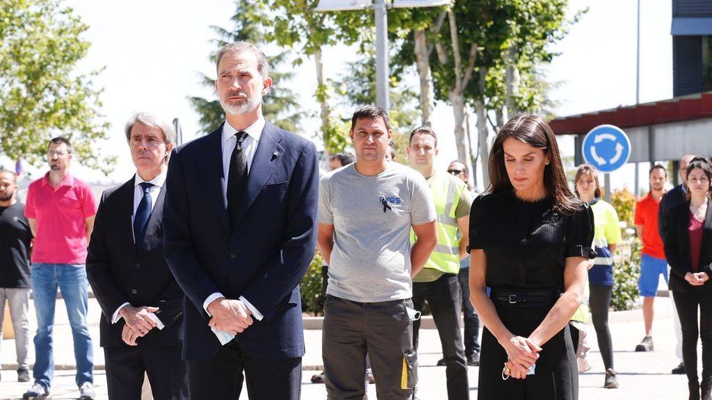 Felipe VI apela a la unidad para superar la crisis