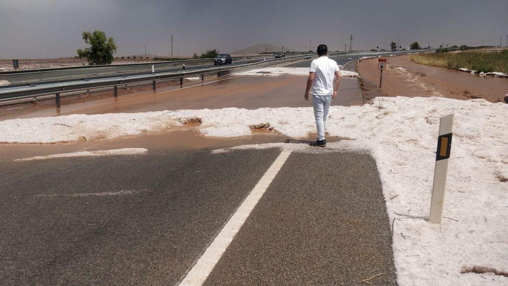 Inundaciones y cascadas que recuperan caudal: el Mediterráneo se repone de las tormentas