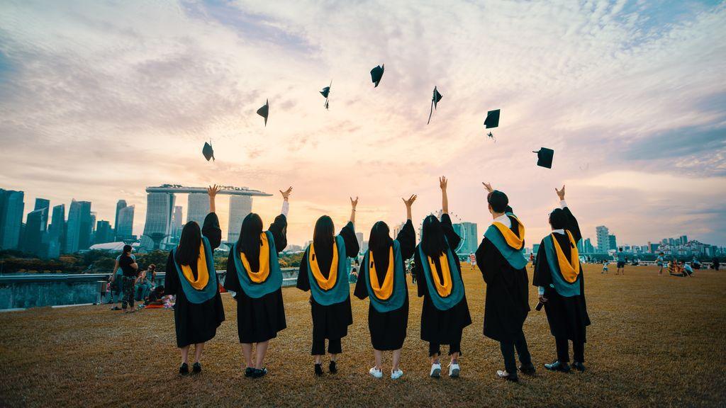 Hay vida después de la carrera: diferencias entre máster, posgrado y otros títulos