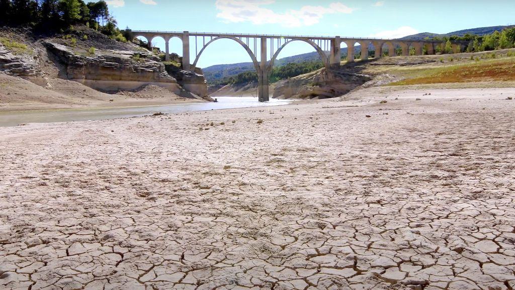 ¿Serías capaz de vivir con 25 litros de agua al día?