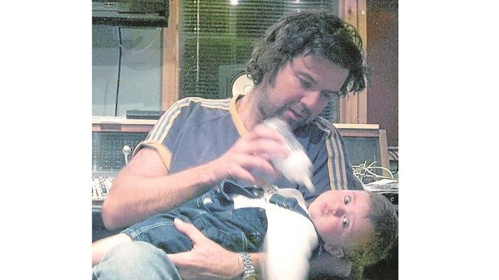Pau Donés con su hija Sara