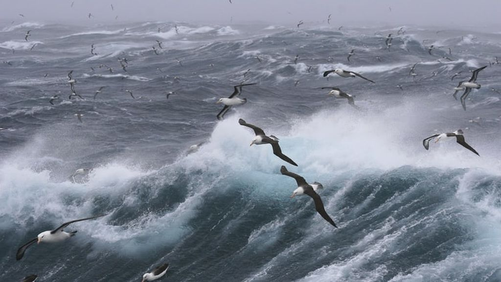 Se acerca una borrasca a la Península: a partir del jueves, más fresco y viento fuerte