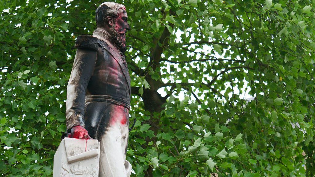 Retirada la estatua de Leopoldo II