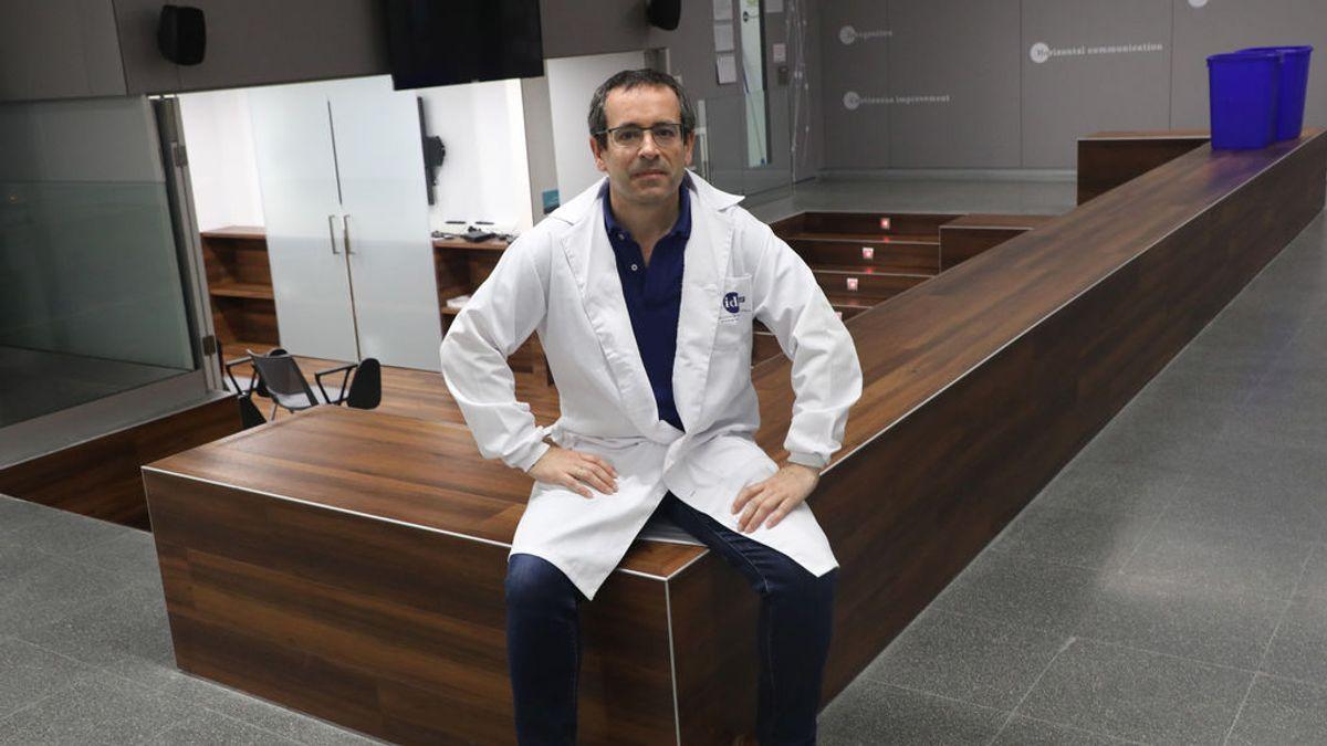 """Antonio Salas, experto en Genética: """"Ninguna evidencia indica que el coronavirus esté perdiendo virulencia"""""""
