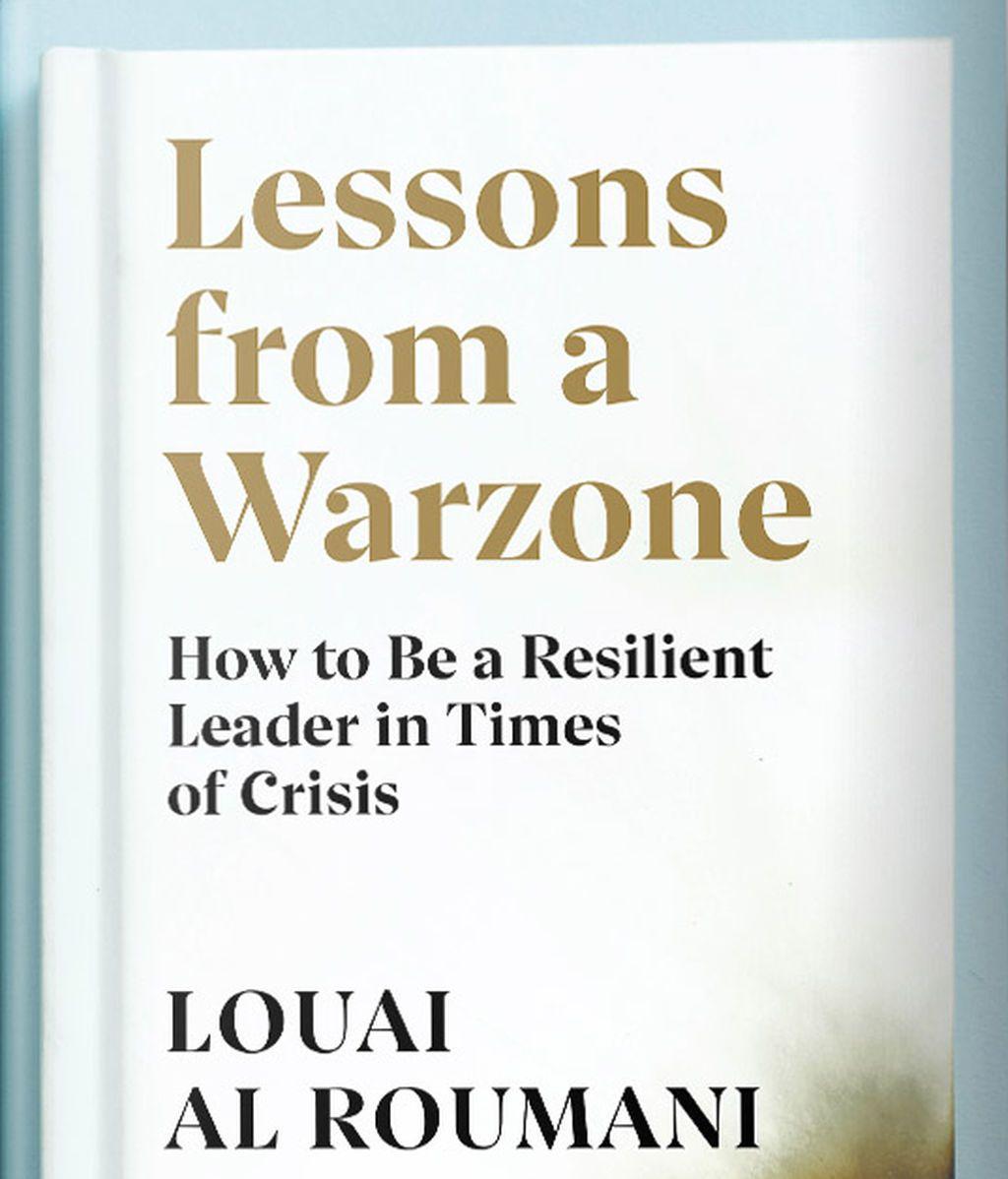 "La portada del libro ""Lecciones de una zona en guerra"" de Louai Al Roumani."
