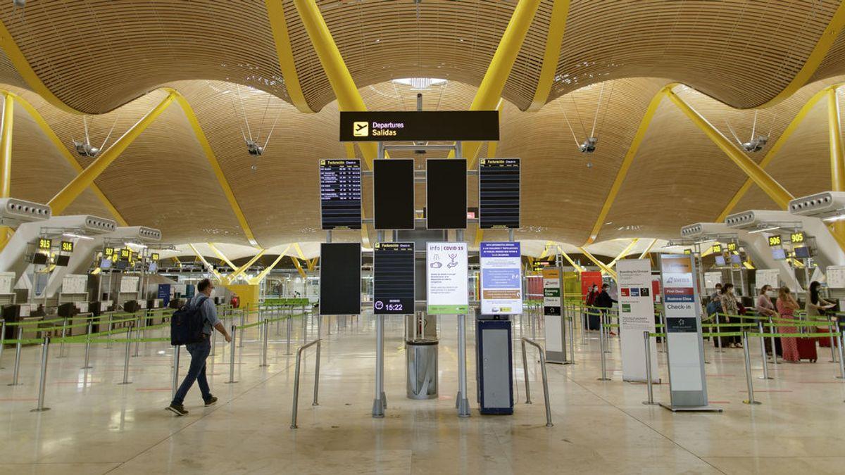 Madrid teme que el aeropuerto de Barajas sea un coladero de casos importados