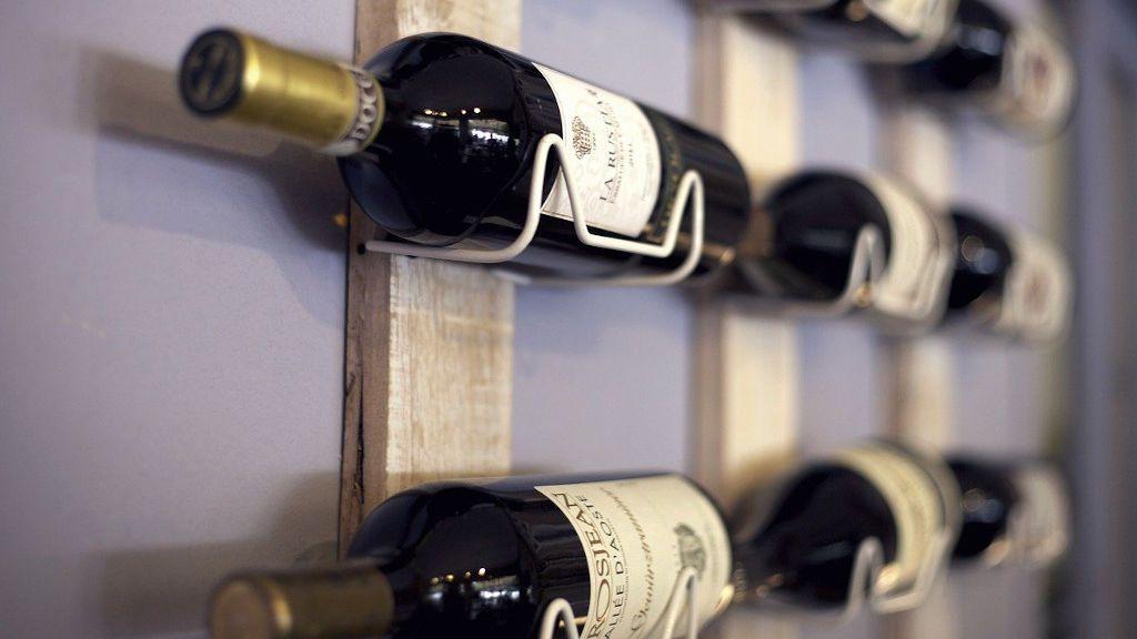 Vinos, whiskies o cerveza: cómo guardar tus botellas para que tu alcohol se conserve en perfecto estado