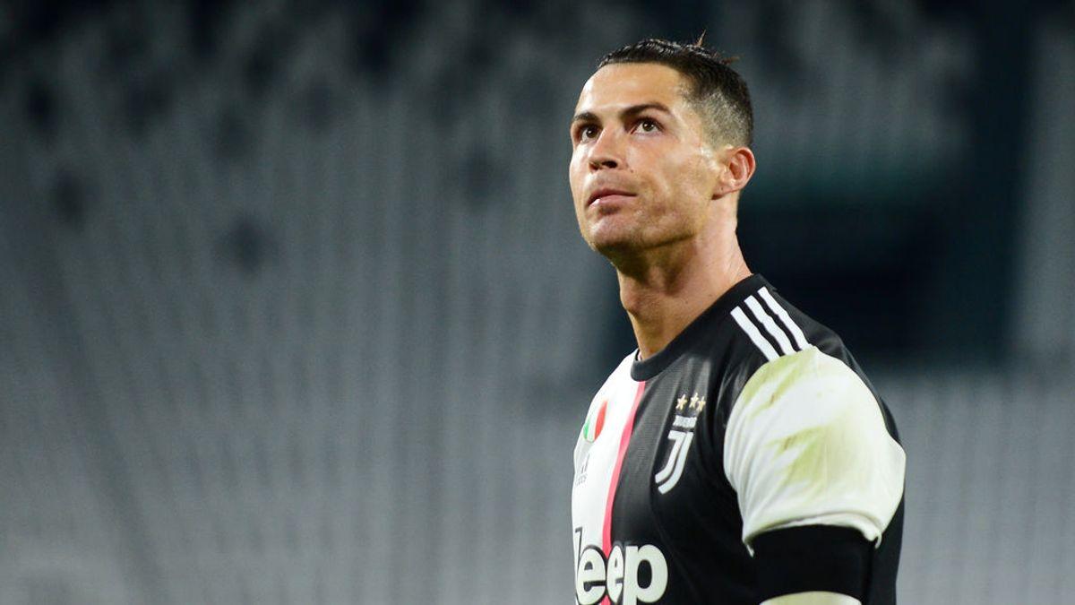 Cristiano cambia su forma de tirar penaltis y falla el primero en el regreso del fútbol