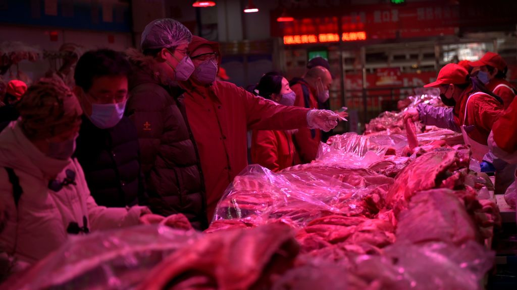 El Gobierno chino cierra once barrios de Pekín tras el nuevo brote declarado en el mayor mercado mayorista de la ciudad