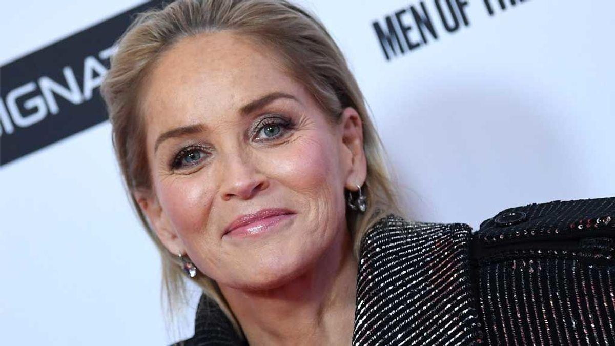 """Sharon Stone revela que le cayó un rayo mientras planchaba: """"Me lanzó por la cocina"""""""