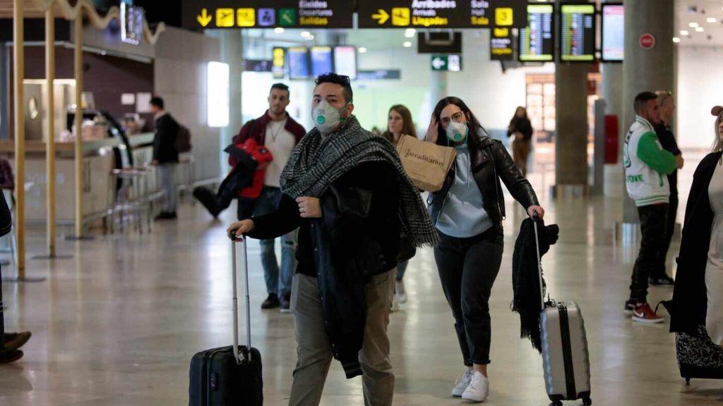 España realizará una lista de países seguros para la llegada de turistas bajo tres requisitos