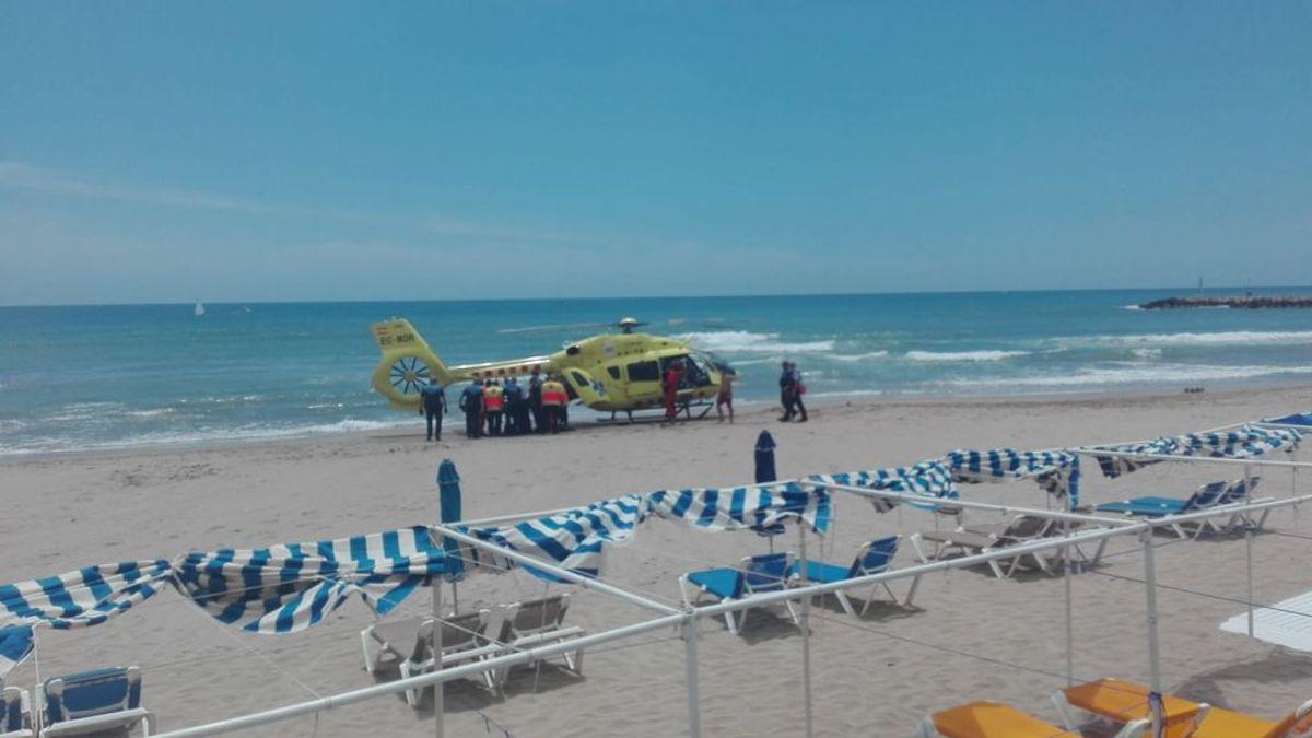 Evacúan en helicóptero a una menor tras ahogarse en una playa de la localidad barcelonesa de Sitges