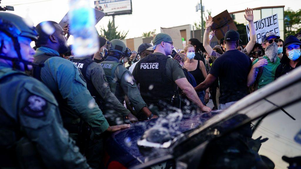 Al menos 36 detenidos por las protestas y disturbios en Atlanta contra la muerte de Rayshard Brooks