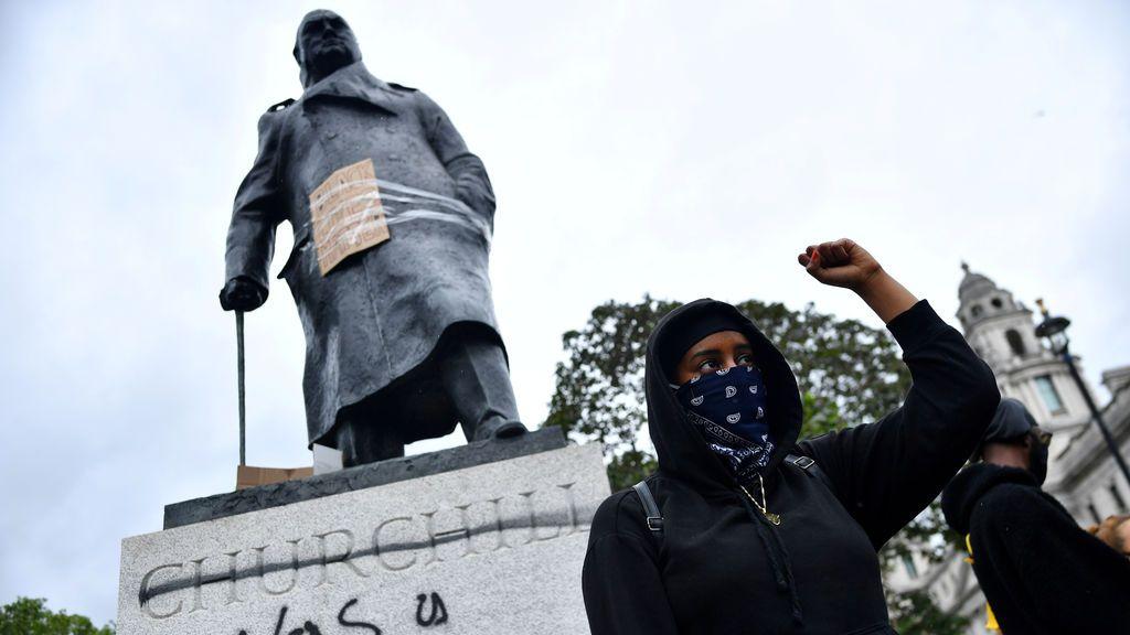 Reino Unido: la polémica con la estatua de Churchill y la comisión contra la desigualdad racial