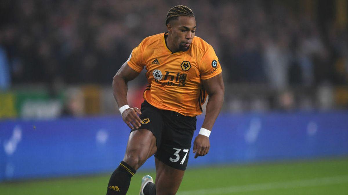 El español Adama Traoré en un partido con los Wolves