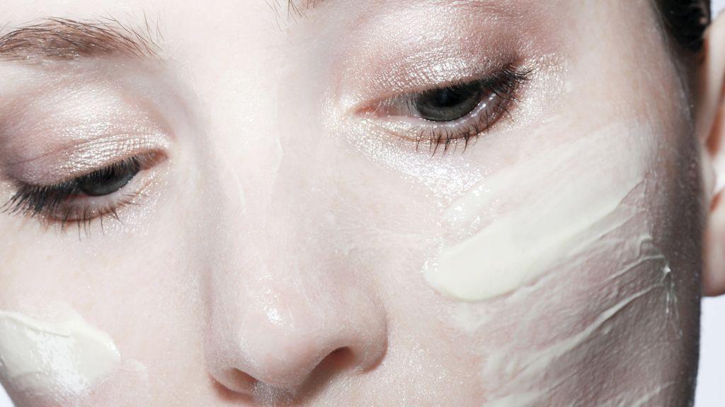 Cremas y mascarillas faciales con oro, un lujo para tu piel.