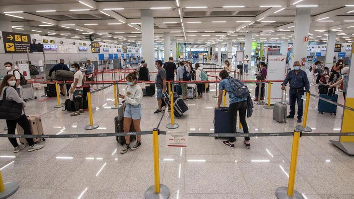 España se plantea poner una cuarentena a los viajeros británicos si Londres mantiene restricciones