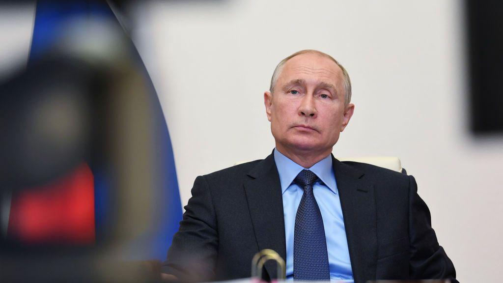 Putin instala un túnel desinfectante anticoronavirus en su residencia