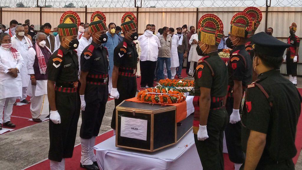 Funeral soldado indio